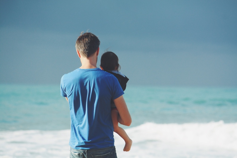 A Guide to Paternity Leave in the UK